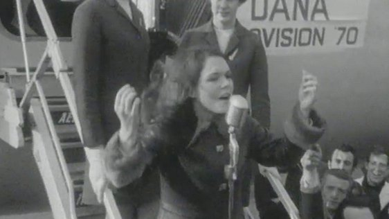 Dana arrives home to Dublin Airport following Eurovision win in 1970