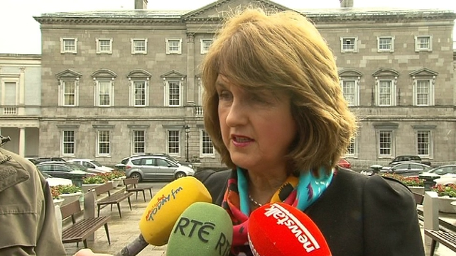 Joan Burton has said there should be a parliamentary inquiry into the banking collapse