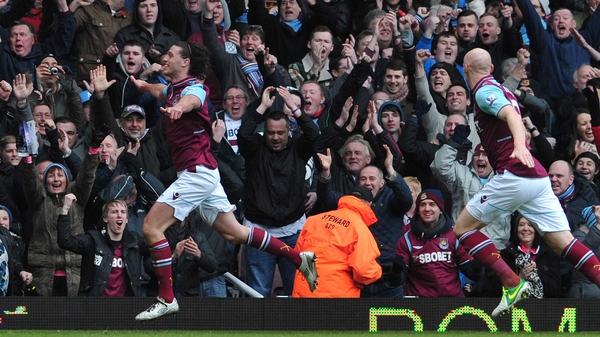 Andy Carroll celebrates his opener