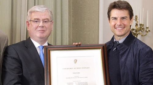 Cruise received a Certificate of Irish Heritage from Tánaiste Eamon Gilmore Photo: Photocall Ireland
