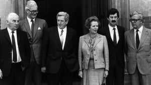 Margaret Thatcher with former Taoiseach Garret FitzGerald and (L-R) Peter Barry, Douglas Hurd, Dick Spring and Geoffrey Howe, prior to the Anglo Irish summit meeting at Chequers in 1984