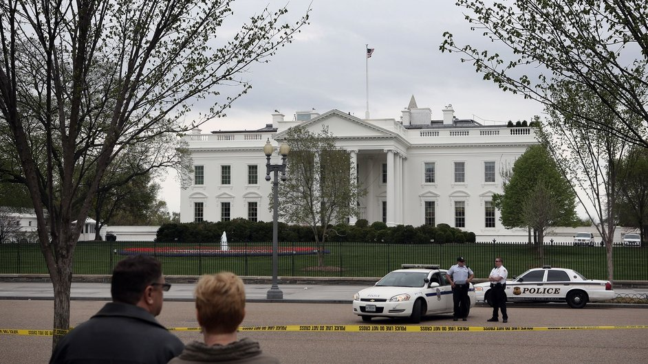 Security around the White House was tightened in Washington DC, with US Secret Service and US Park Police officers standing guard on Pennsylvania Avenue