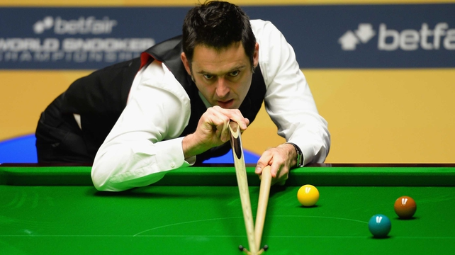 Ronnie O'Sullivan trails after his first session with Judd Trump