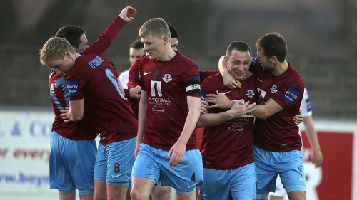 Drogheda United celebrate Gary O'Neill's goal against Sligo in the first leg