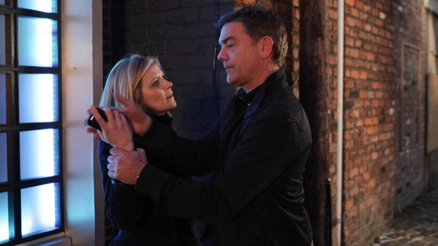 Karl has some harsh words for Leanne