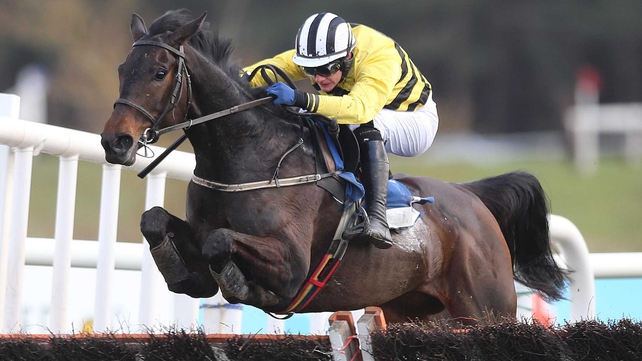 Glens Melody (Paul Townend) shows a neat technique over the last hurdle in the Grade 1 Mares' Hurdle