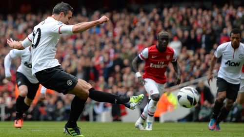 Robin van Persie bangs home United's equaliser from the penalty spot