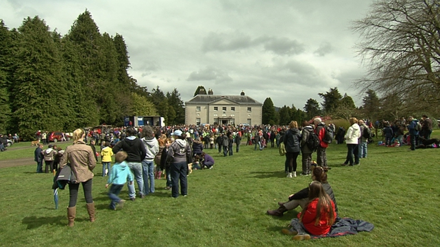 Thousands of people turned out in Co Wicklow this afternoon to highlight opposition to the plans
