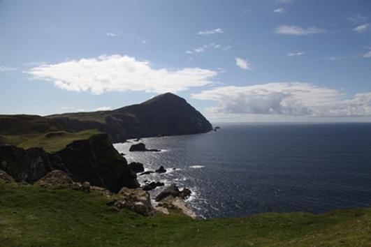 Aodh Mac Ruairí, as Árainn Mhór.