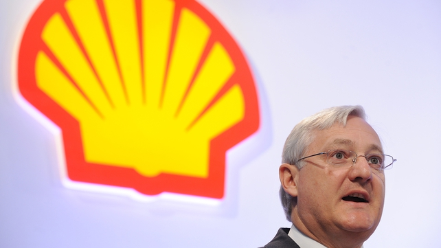 Shell's CEO Peter Voser due to step down at the end of the year