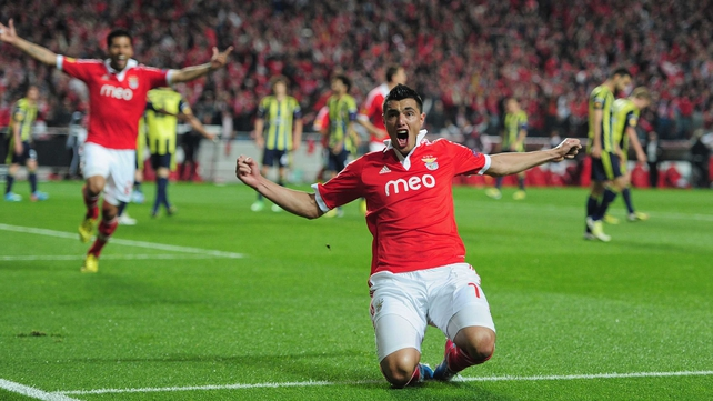 Oscar Cardozo hit a double to see the Portuguese side into the final