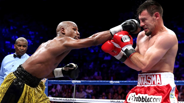 Floyd Mayweather takes on Marcos Maidana at the start of May
