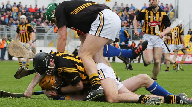 Lar Corbett suffered the injury in this altercation with JJ Delaney, both men were sent off
