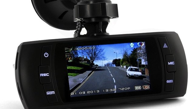 Swish GPS Car Camera