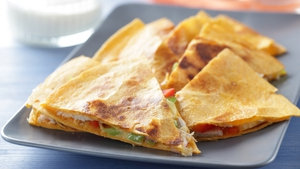 Quesadillas with Parma Ham, Sundried Tomatoes, Cheese & Jalapeño Pepper Relish