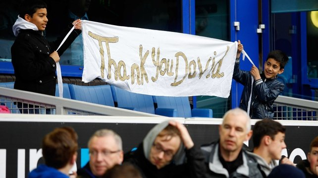 Fans show their appreciation for their United-bound manager
