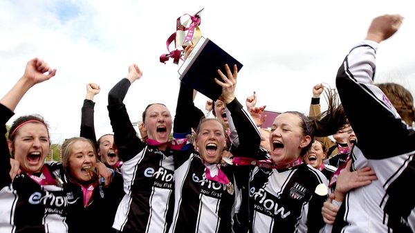 Raheny's Mary Waldron lifts the Women's National League trophy