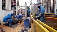 Oil prices fall with market still oversupplied