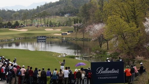 Louis Oosthuizen in action during the final round of the Ballantine's Championship in South Korea