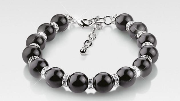 Black onyx bracelet from the Greta Garbo Collection by Newbridge Silverware
