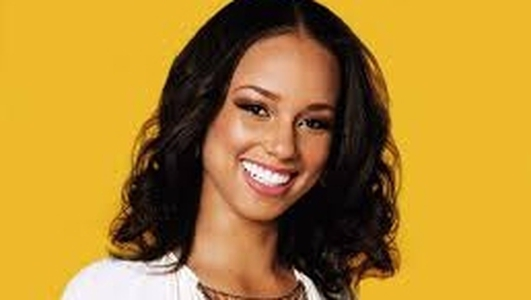 American R&B singer Alicia Keys