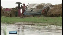 Evacuation under way as cyclone hits Bangladesh
