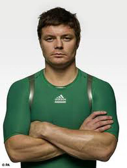 Rugby's Brian O'Driscoll signs another year
