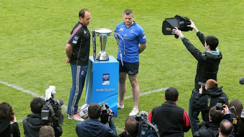 Leinster captain Jamie Heaslip and Stade Francais counterpart Sergio Parisse pose with the Amlin Challenge Cup