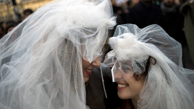 France becomes the 14th country to legalise gay marriage