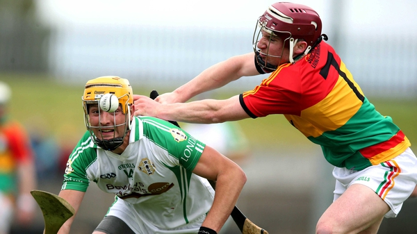 Martin Duggan of London (left) and Carlow's James O'Hara