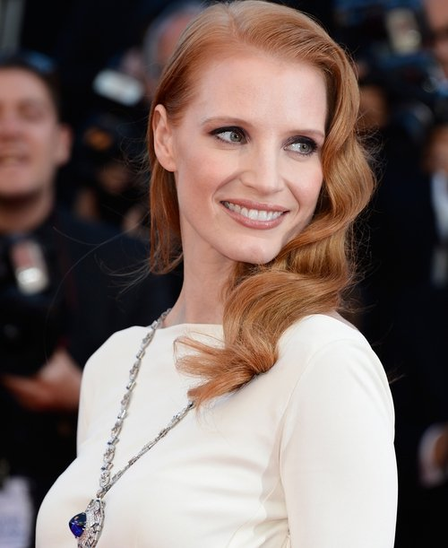 Chastain wearing Taylor's Bulgari jewels