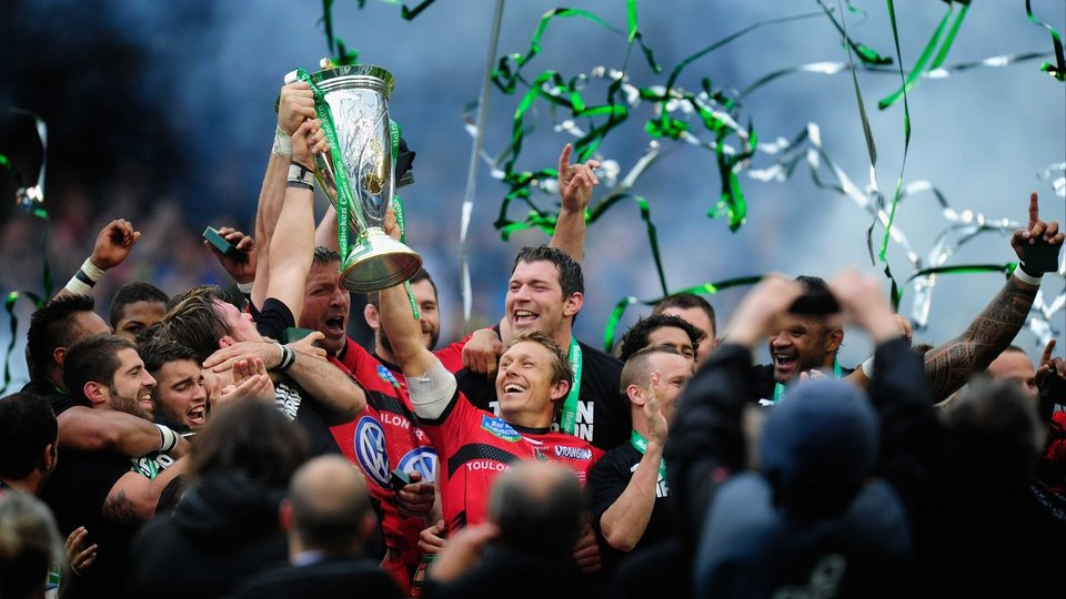 Toulon's Jonny Wilkinson holds aloft the Heineken Cup at the Aviva Stadium, Dublin