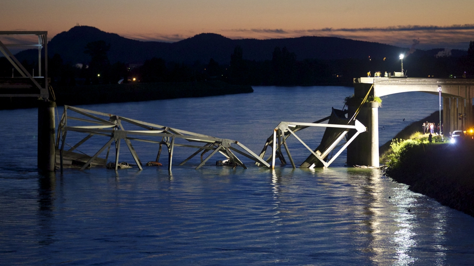 There were no fatalities after part of a four-lane bridge over a river in the US state of Washington collapsed
