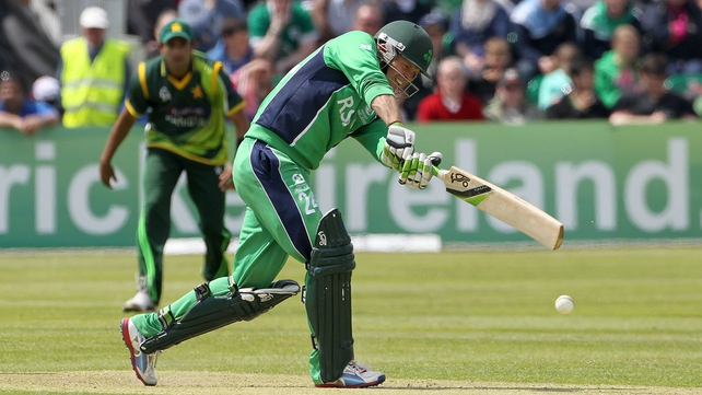 Ed Joyce led Ireland to a excellent total but it proved in vain