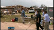 Obama visits Oklahoma disaster site