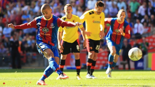 Kevin Phillips scores the penalty that won promotion for Crystal Palace