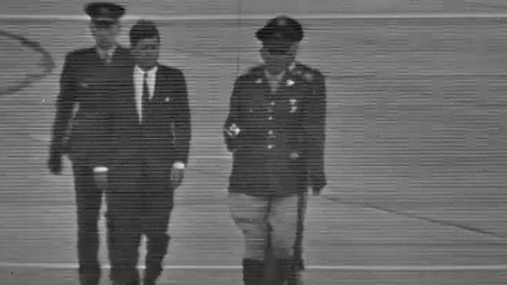 President Kennedy departs from Shannon (1963)