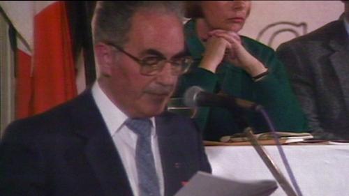 Former leader of Republican Sinn Fein Ruairí Ó Brádaigh has died