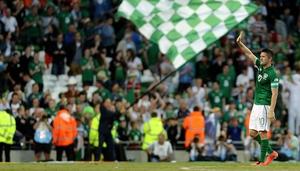 Robbie Keane salute the fans at the Aviva Stadium