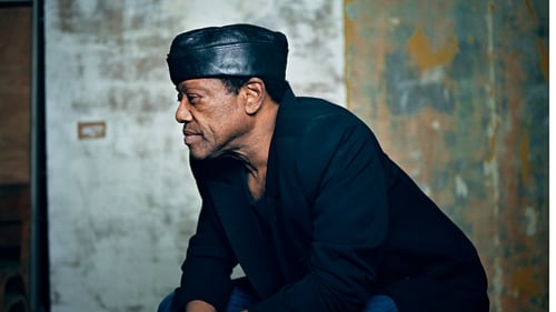 Womack teams up with Stevie Wonder and Rod Stewart on new album
