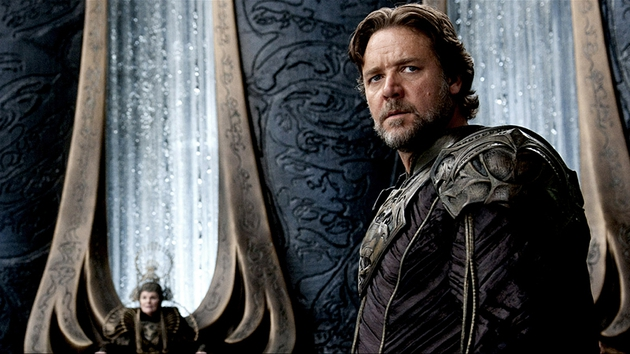 Russell Crowe stars as Superman's dad, Jor-El