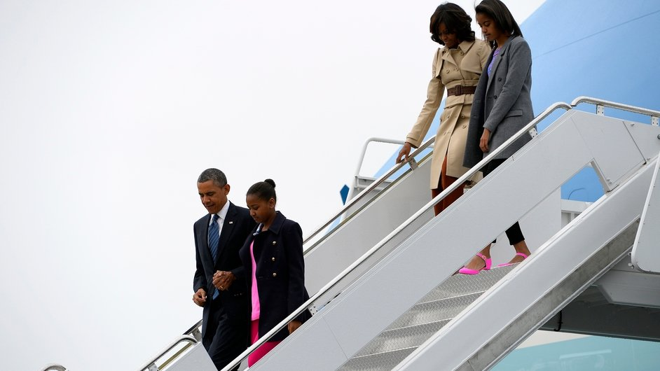 Air Force One, carrying the US First Family, touches down in Northern Ireland