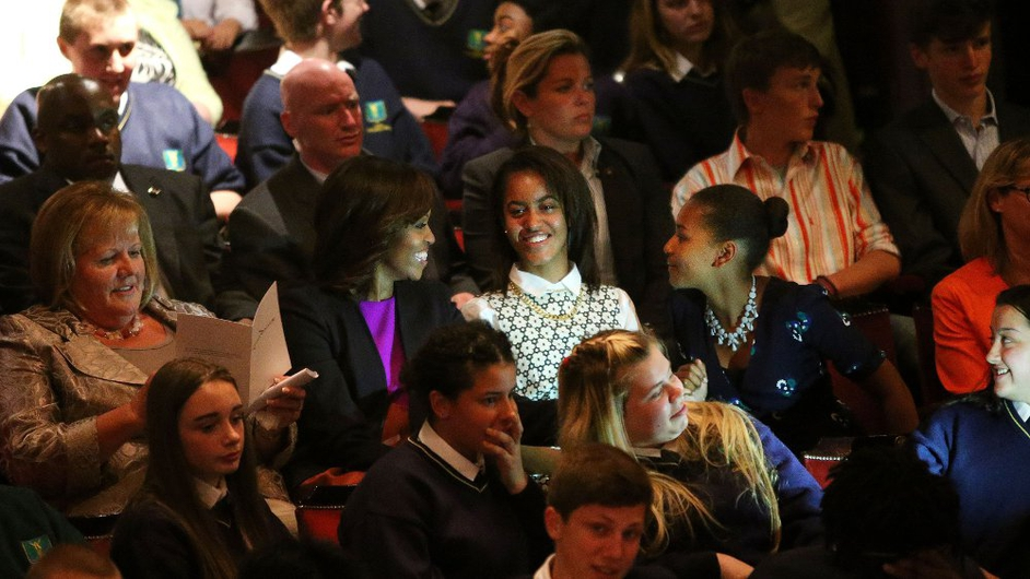 Taoiseach Enda Kenny's wife Fionnuala sits beside the Obamas at a special showing of Riverdance in Dublin's Gaiety Theatre
