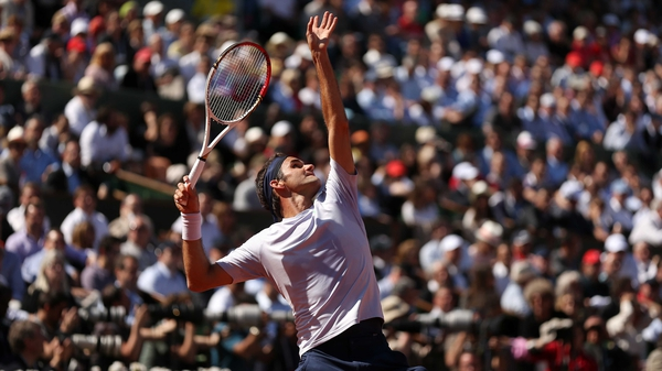 Roger Federer may meet Rafael Nadal and Andy Murray in the Wimbledon quarter-finals and semi-finals respectively