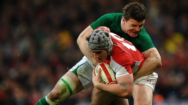 Brian O'Driscoll and Jonathan Davies will line-out together in the Lions midfield