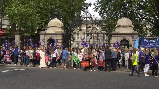 A protest over SNA resources took place outside the Dáil