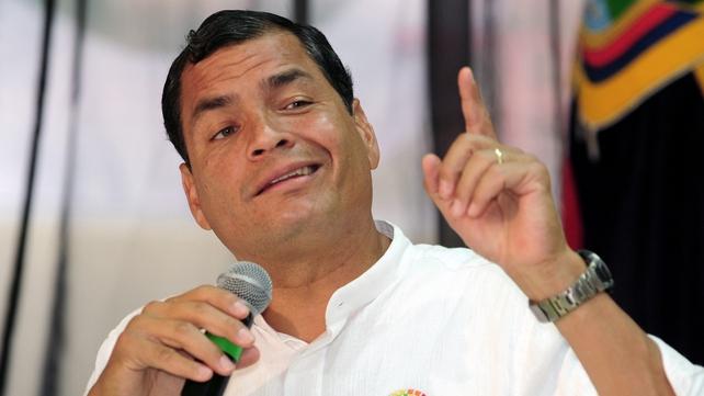 Rafael Correa urged Edward Snowden to 'keep his spirits high'