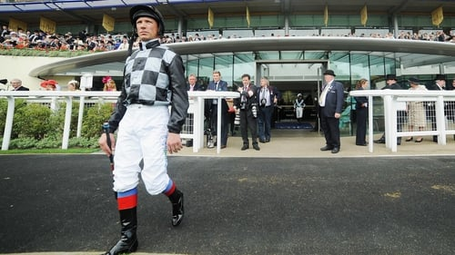 Frankie Dettori will miss the rest of the season with a broken ankle