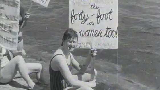 Women at the Forty Foot, 1974