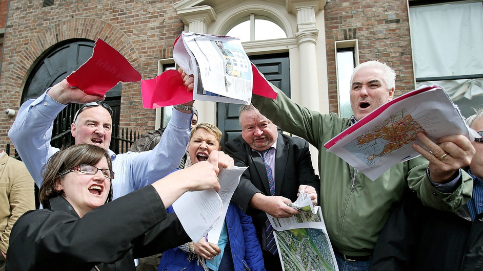 Protesters prevented a property auction taking place at the Shelbourne Hotel in Dublin